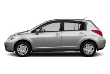 2011 Nissan Versa Silver